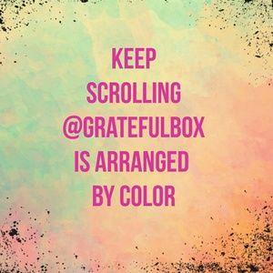 COLORBOMB #hundredsofscarves @gratefulbox